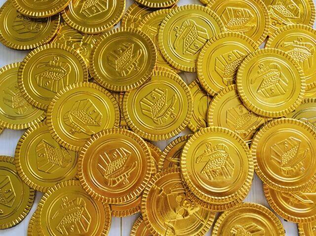 一万円金貨・硬貨の買取価格は?相場や価値を徹底調査!